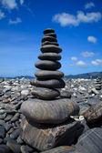 Stack of stones on the Hin nam beach, Lipe, Thailand — Stock Photo