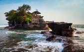 Temple in the sea( Pura tanah lot), Bali, Indonesia — Stock Photo