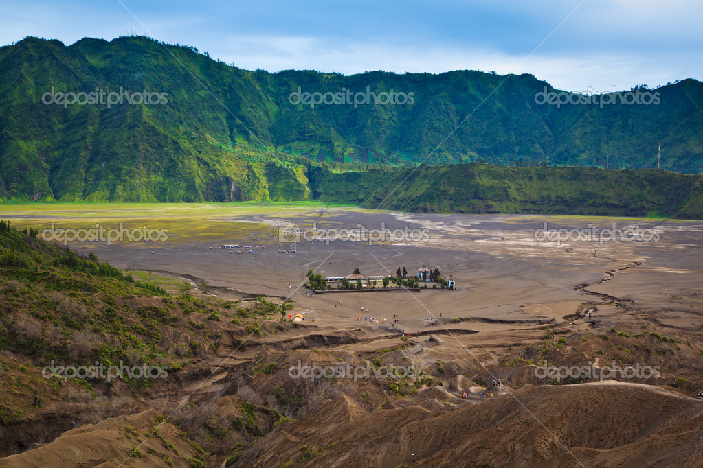 Pura Luhur Poten temple. Mount Bromo volcano, East Java, Indonesia — Stock Photo #9939801