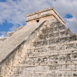 Chichen ItzModern Seven Wonders of World in Mexico — Stock Photo #10395751
