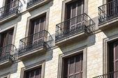 Europäische appartementhaus hautnah — Stockfoto