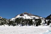 Lassen National Volcanic Park Snow Cap Peak — Stock Photo