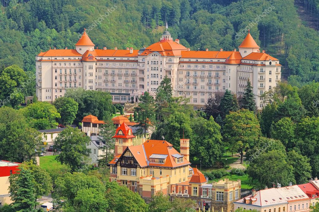 Karlovy Vary Hotel Imperial 02 — Stock Photo #10053356