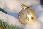 Christmas ball in snow 03 — Stock Photo