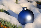 Christmas ball in snow 04 — Stock Photo