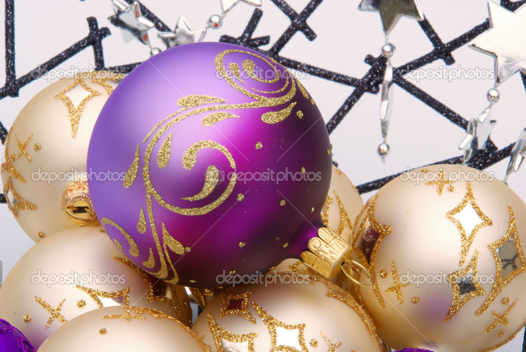 Christmas ball in bowl 05 — Stock Photo #10345094