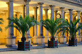 Karlovy Vary Mill Colonnade night 01 — Stock Photo