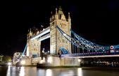 Illuminated tower bridge at night — Stock Photo
