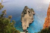Small rocky island, Keri Cape — Stock Photo