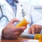 Doctor preparing online internet prescription — Stock Photo #10063541