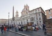 Touristi in Piazza Navona ,Rome — Stock Photo