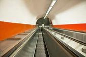 Eskalátor v metru — Stock fotografie