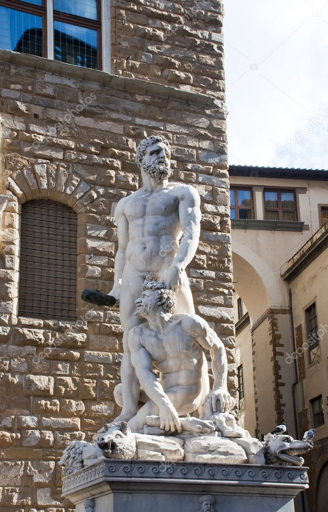 Hercules and Cacus by Baccio Bandinelli, Piazza della Signoria, Florence. — Stock Photo #10428053
