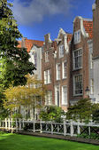 Beguinage in amsterdam hdr — Stock Photo