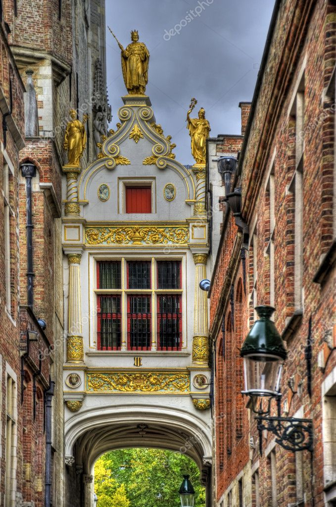 Buildings in the old town of bruges, belgium (hdr) — Stock Photo #10152511