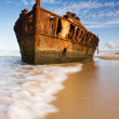 The old and rusty boat shipwreck — Stock Photo