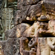 Wall relief within  Angkor Wat Complex in Siem Reap, Cambodia. — Stock Photo