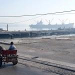 Industrial Seaside Scene - Havana, Cuba — Stock Photo