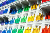 Colorful window shutters at Clark Quay, Singapore — 图库照片