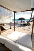 Caribbean Beach Bed — Stock Photo