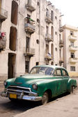 Havana - Green Car — Stock Photo