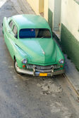 Green Car - Havana, Cuba — Stock Photo