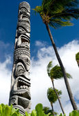 Tiki Totem Pole — Stock Photo