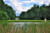 Lake of Schloss Fasanarie park in Fulda, Hessen, Germany — Stock Photo