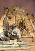 Paris - st. Michael fountain in night — Stock Photo