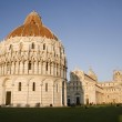 Pisa - cathedral and hanging tower and baptistery of st. John - Piazza dei Miracoli — Stock Photo #10219023