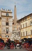 Rom - hästskjuts från piazza della rotonda — Stockfoto