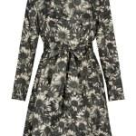 Gray flowers coat — Stock Photo #10507238