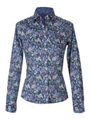 Blue flowers shirt — Stock Photo
