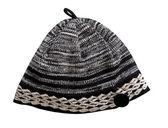Gray warm woolen knitted winter hat — Stock Photo