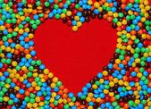 白色心形糖果背景 — 图库照片