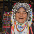 Foto Stock: Lahu old womwith black teeth because of chewing herbs.