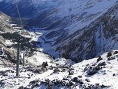 Teleférico en las montañas — Foto de Stock