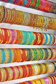 Linhas de pulseiras coloridas — Foto Stock