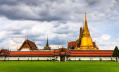Temple in Bangkok — Stock Photo