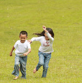 Two kids are in race — 图库照片