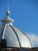 Dome on a blue sky — Stock Photo