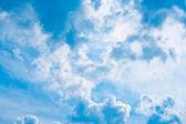 神奇的蓝色天堂μαγικό μπλε ουρανό. — 图库照片