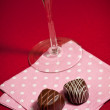 Chocolates and champagne — Stockfoto