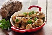 Garlic button mushrooms — Stock Photo