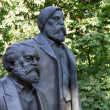 Statue of Karl Marx and Friedrich Engels in Berlin — Stock Photo #10694154