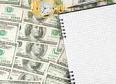Dollar, anteckningsboken med klocka och penna — Stockfoto