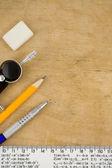 škola příslušenství na dřevo — Stock fotografie