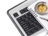 Computer keyboard and pen — Foto de Stock