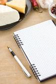 打开笔记本食谱 — 图库照片
