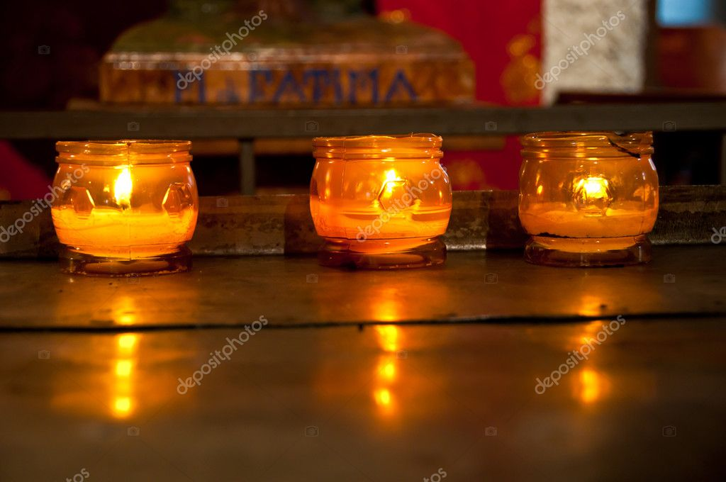 Three candles: a moment of faith, meditation and prayer — Stockfoto #10727189